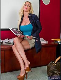 Sensual Office Secretary Minx Evita