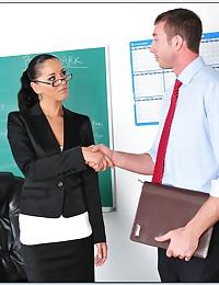 Milf teacher fucking a hung stud
