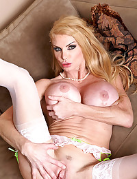 Tight Bodied Blonde Milf Taylor Gets Drilled
