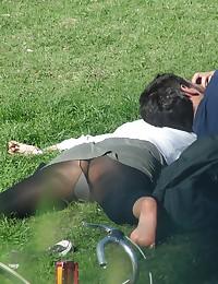 Blondie in black leggings sneaky peeked. MILF upskirt