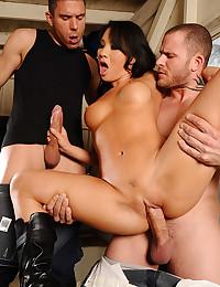 Asian pornstar likes both big dicks