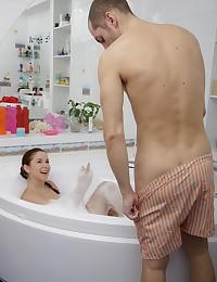 Stunning teen enjoys hot creampie sex in the bathroom