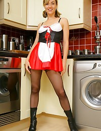 Babe in a short skirt hoping ...