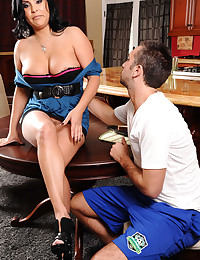 Hot MILF Seduces Young Guy