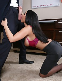 Bustacious babe fucked in hot pussy