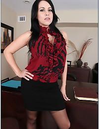 Horny Secretary Seduces Her Boss