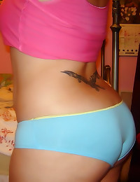Amateurs in pantyhose and lingerie