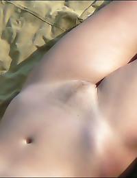 Slender naked hotties on beach