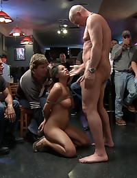 Sucking cock at a bar