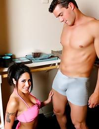 Fuckable pornstar has hot body
