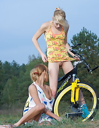 Sasha Blonde - Two teens taking naked pics of each other alfresco
