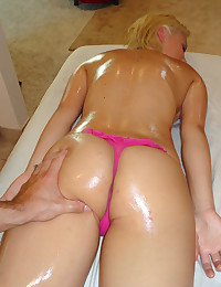 Blonde Got Massaged And Groped Well
