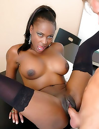 Black pornstar shaved cunt fu...