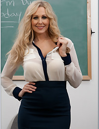 Teacher wears lingerie