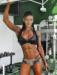 Beautiful muscle girls look a...