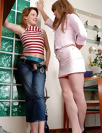 Sissy boy strapon banged