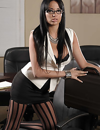 Office hottie striptease is sexy