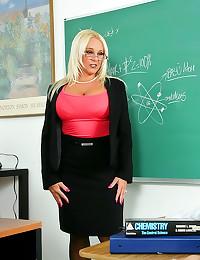Curvy blonde teacher has clas...
