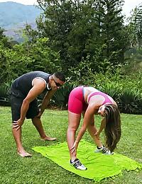 Kiara Fucks Workout Horny Partner