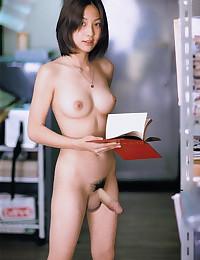 Free shemale porn pics