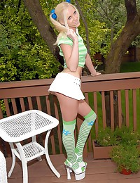 Megan Summers - Lollipop licking lady outdoors on the deck