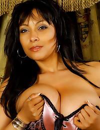 Lingerie on big boobs girl