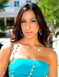 Body paint hot on Latina