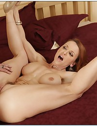 Bubble Butt Redhead Cougar Rides Cock