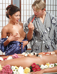 Oriental Babe Knows How To Fu...