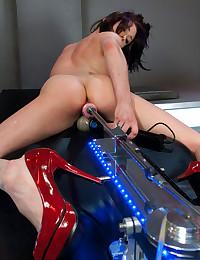 Beautiful Leggy Brunette Loves Fuckmachine!