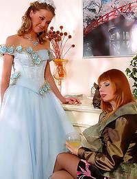 Pretty princess lesbian sex w...