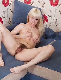Bleach blonde babe is hairy