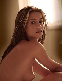 Blonde Eve lights up the room.