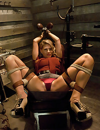 She likes bondage sex