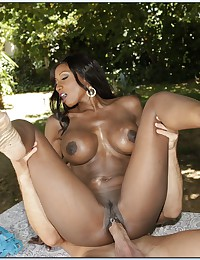 Black milf sex outdoors