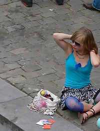 Upskirting - blonde teenie in blue leggings