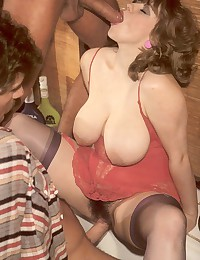 Real retro chick threesome blowing two dicks