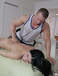 Rebeca Enjoys Steamy Massage Fuck