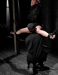 Mistress loves a submissive slut