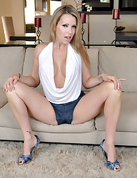 There was a knock at the door and there she was. Danny couldn't believe his eyes. A sexy blonde milf at his door steps. Once inside it didn't take long before the action started.