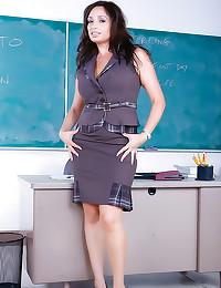 Curvy teacher fucked in class