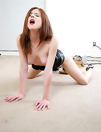 Hot redhead dildo machine fucking
