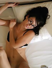 Ariel Rebel - Very hot and sexy brunette diva masturbates in sexy black bra