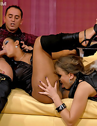 Free threesome sex porn pics