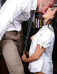 Daring Teacher Seduces Her Student