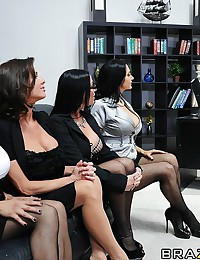 Keiran is hard pressed to find a new assistant...especially after all 4 applicants prove themselves to be equally qualified. The only thing to do is to invite Ava, Francesca, Vanilla and Veronica to one final group interview where each one can prove that