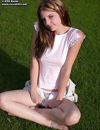 XXX Raimi - Young blonde bimbo flashes her breasts outdoors