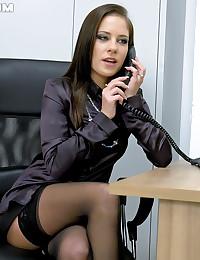 Secretaries shagging
