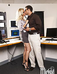Golden Haired Office Babe Pumped Hard