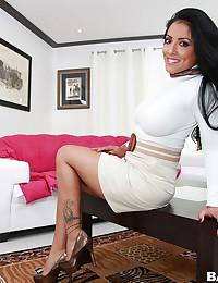 Hot And Nasty Kiara Marie